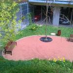 Přemíra parkování- důsledek- devalvace přízemí objektů: podívejte se na novou výstavbu Finep- např. Harfa Park